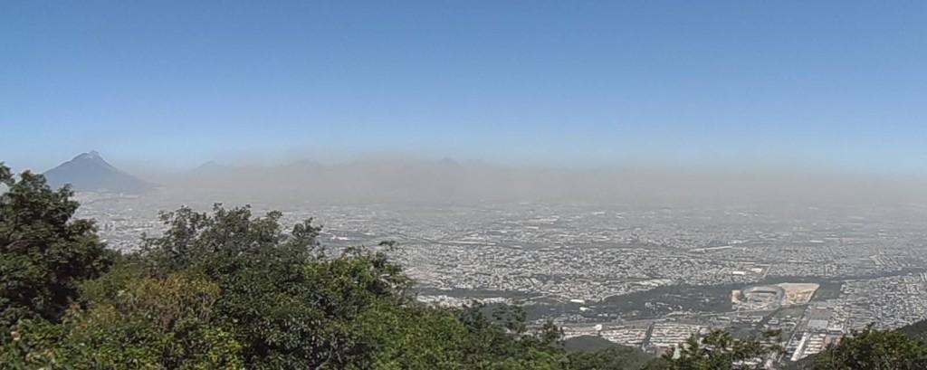 Monterrey Contaminación. Foto Armando Torres
