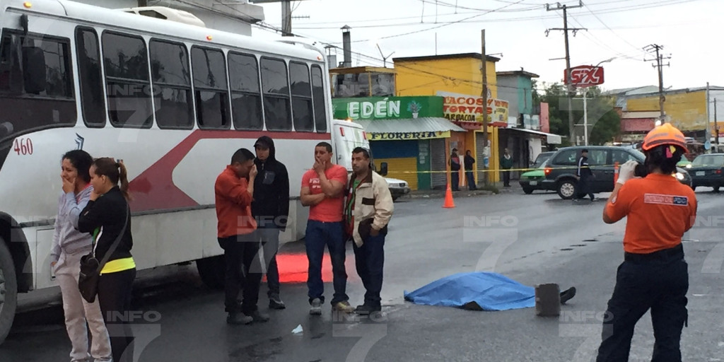 Atropello de dos mujeres en Apodaca. Foto INFO7