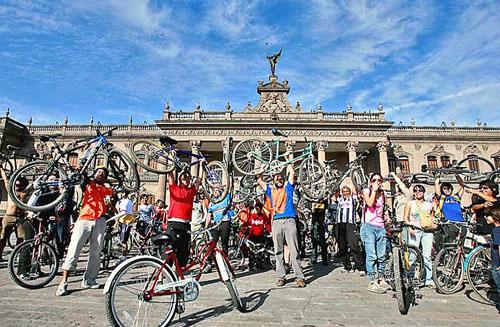 Pueblo-Bicicletero-Monterrey-Nuevo-León-México